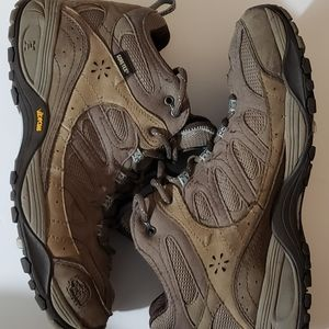 THE NORTH FACE GORE-TEX VIBRAM Shoes